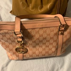 Authentic Gucci in pink monogram
